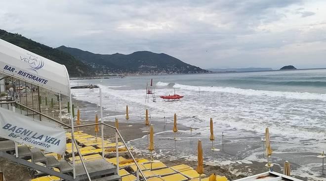 mareggiata spiagge