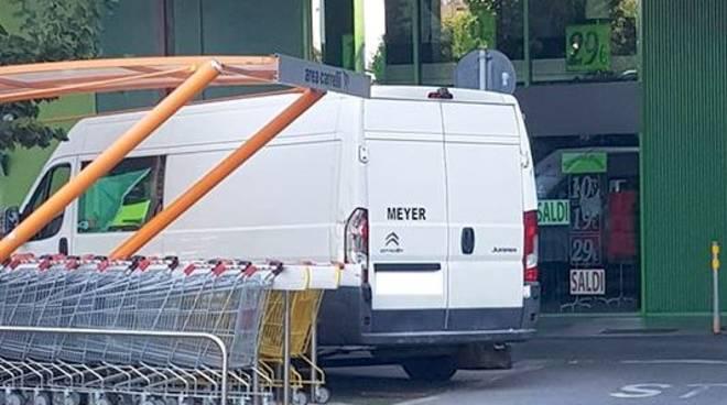 Savona parcheggi invalidi occupati