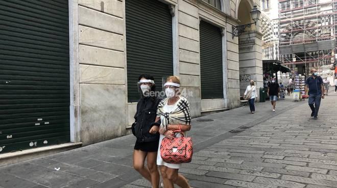 Coronavirus, obbligo di mascherine h24 in centro storico