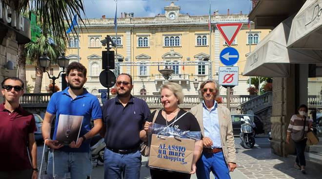 Alassio Social HolidayExperience - DIVENTA UN INFLUENCER