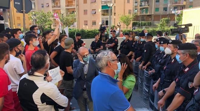 Salvini via Napoli e presidio Tdn