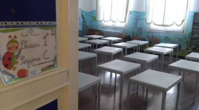 banchi a scuola Comprensivo Montaldo da passano