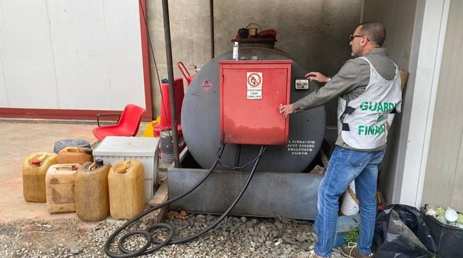 depositi gasolio gdf guardia di finanza