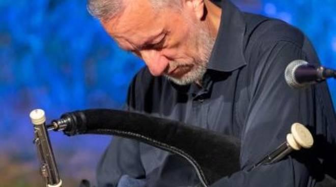 Fabio Rinaudo musicista cornamusa