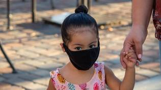 bambino mascherina covid