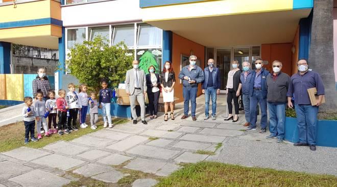 Lions Club Doria, Donazione di 300 borracce ai bambini degli asili di Loano