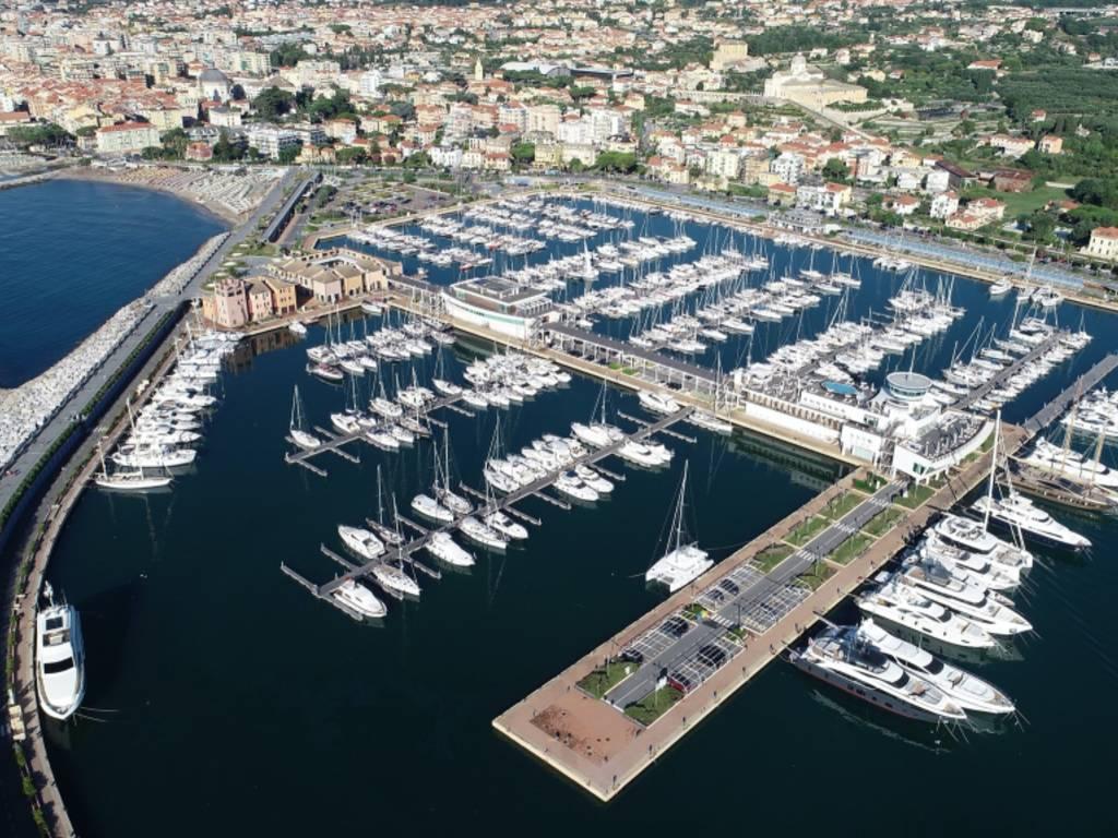 Marina di Loano generica