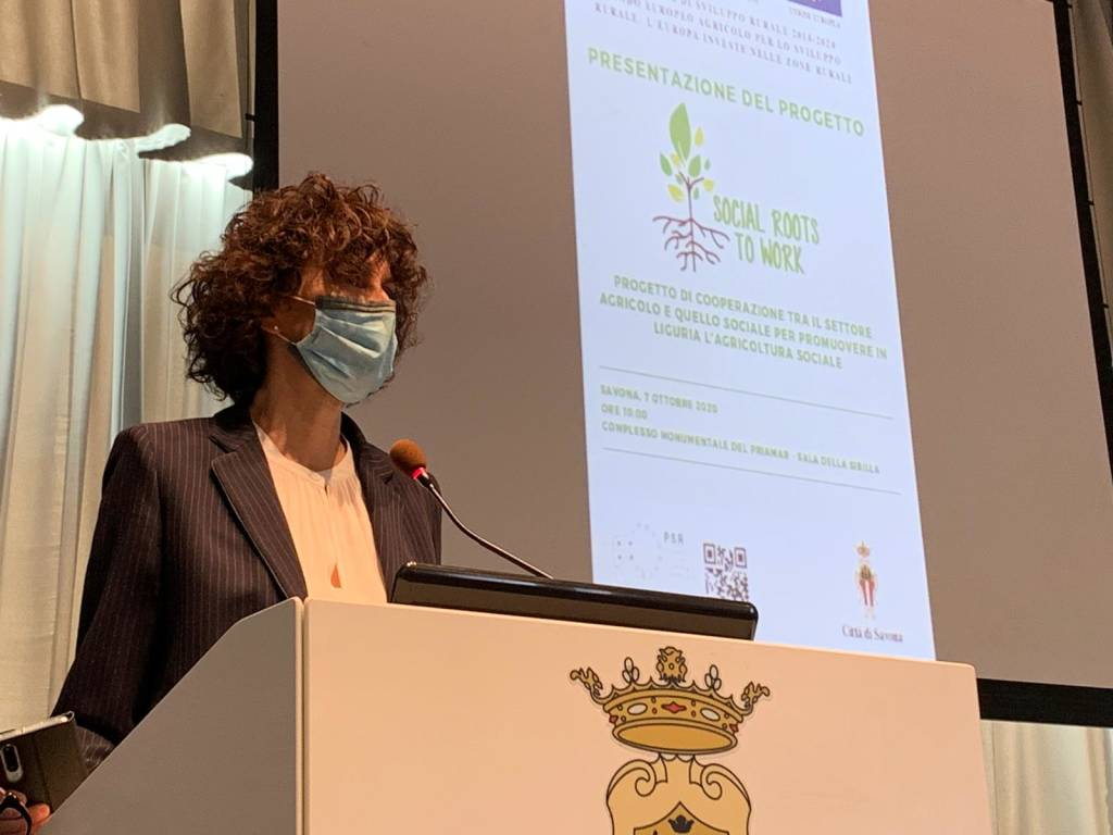 """Presentazione """"Social roots to work"""""""