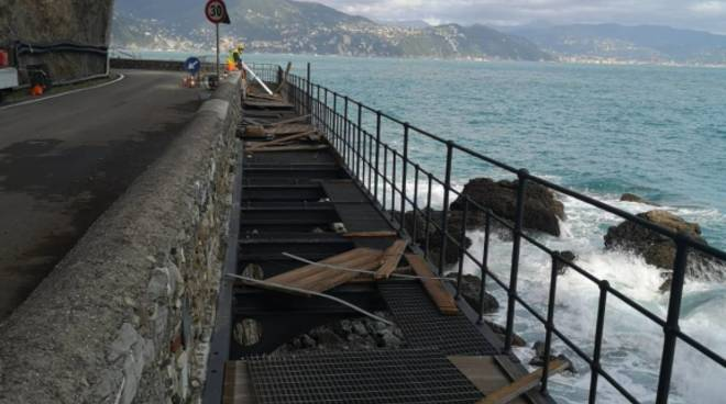 Strada Portofino danneggiata