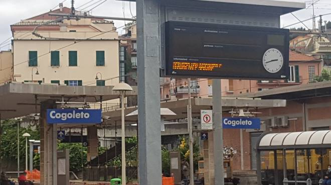 ferrovie stazione generica tabellone