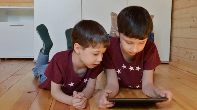 bambini videogioco