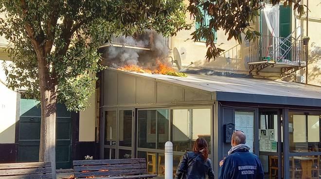 incendio pizzeria finale
