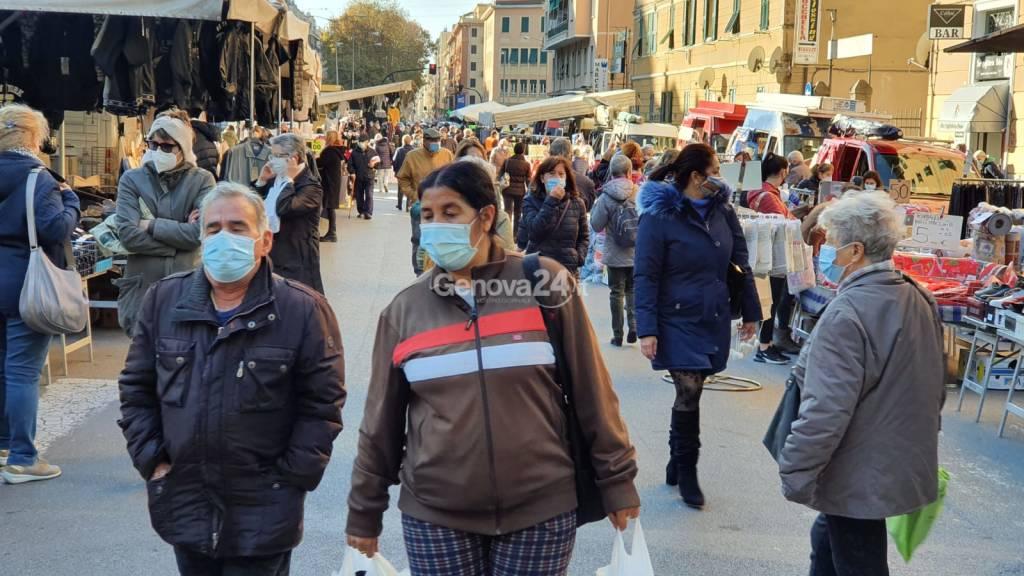 Mercato rionale a Marassi