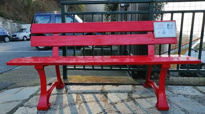 panchina rossa stella