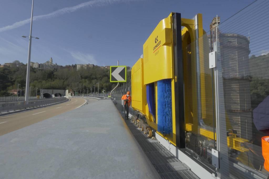 Robot ponte Genova San Giorgio
