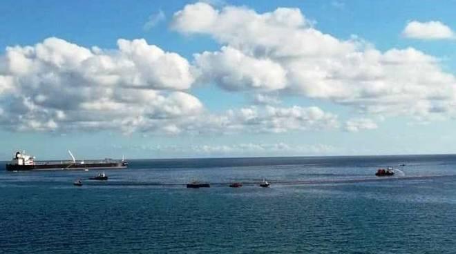 sversamento in mare