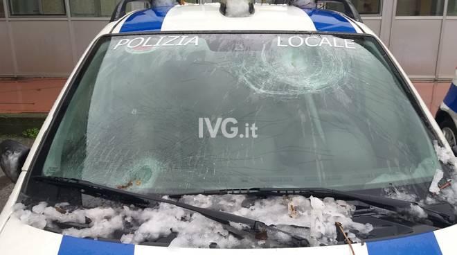polizia local savona auto danneggiata