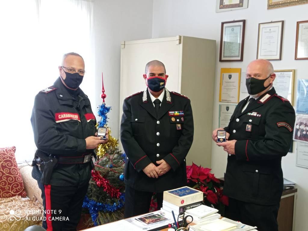 Carabinieri, doppio commiato nella compagnia di Alassio