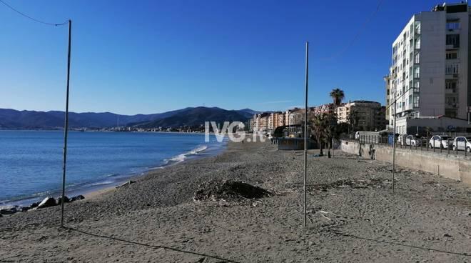 Corpo senza vita rinvenuto in mare a Savona