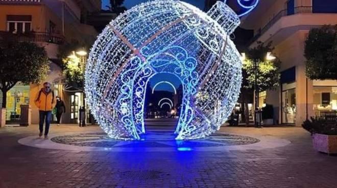 luminarie natalizie pietra