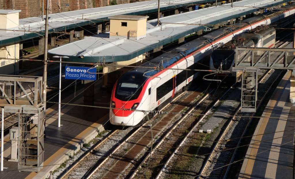 Il primo treno EuroCity Zurigo-Genova a Principe