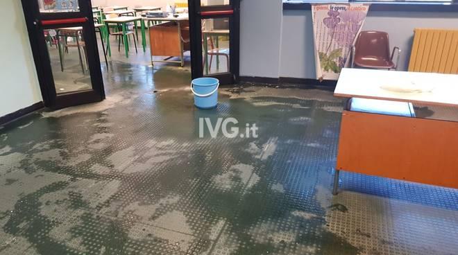 La situazione delle scuole De Amicis di Savona