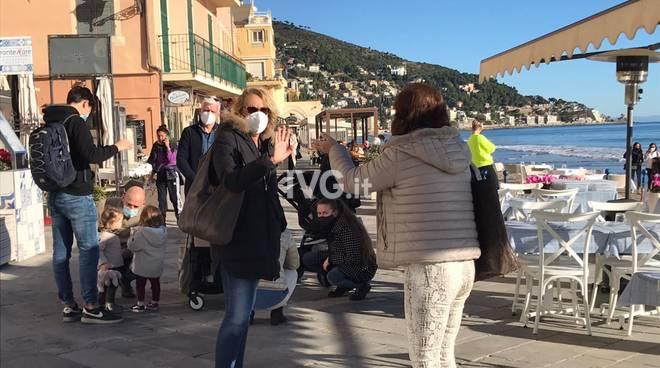 """Lombardia e Piemonte zone gialle, parte la """"fuga"""" verso la Liguria"""