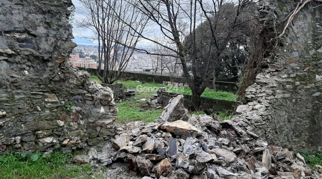 muro crollato salita granarolo