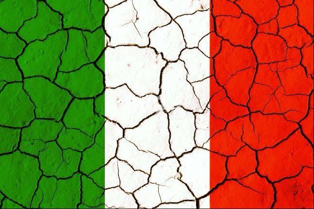 Italia alla deriva: si pensa agli slogan e non alla sostanza, si salvi chi può