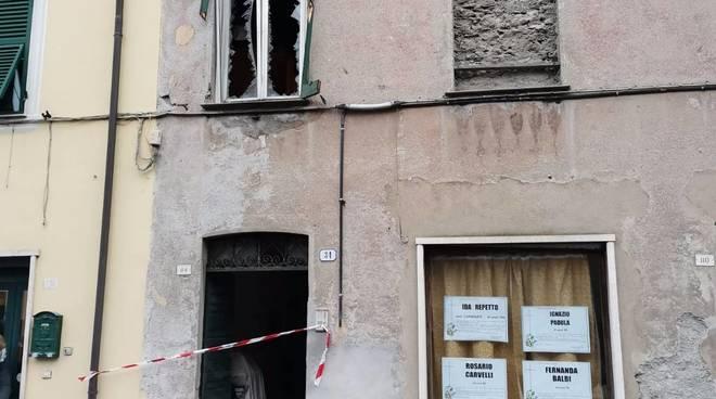 esplosione appartamento ronco scrivia
