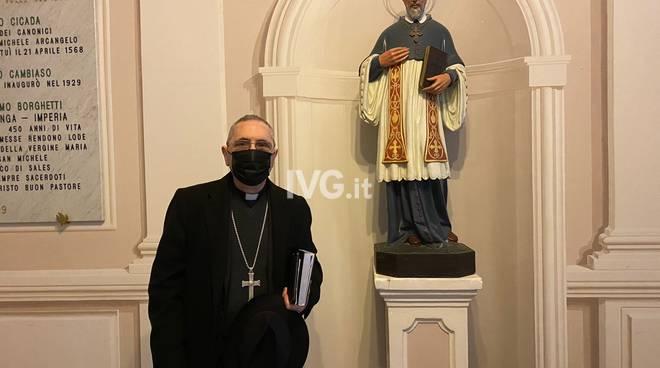 Guglielmo Borghetti vescovo albenga incontro giornalisti