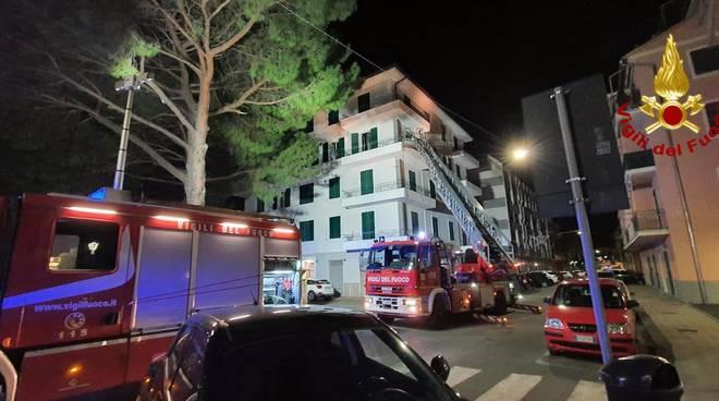 incendio appartamento riva trigoso