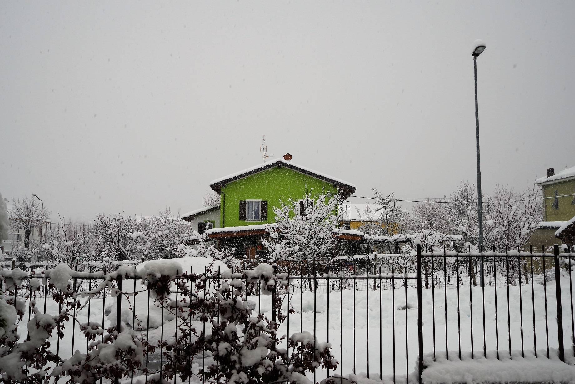 Nevica ancora nell'entroterra savonese