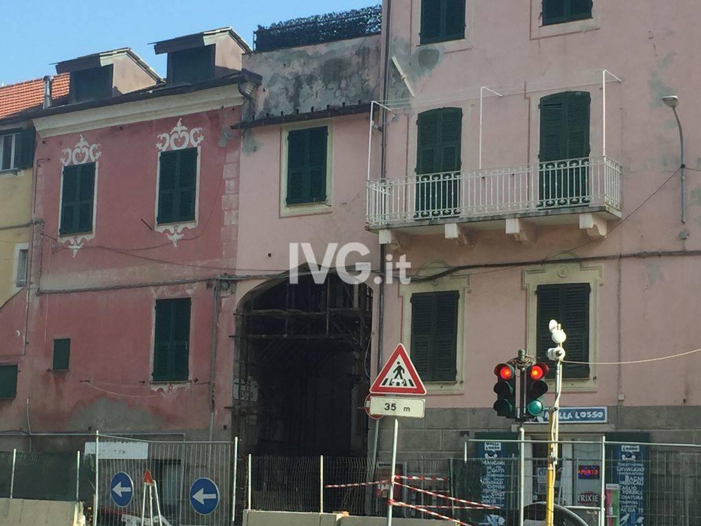 Celle Ligure via Aicardi commercianti Santa Brigida