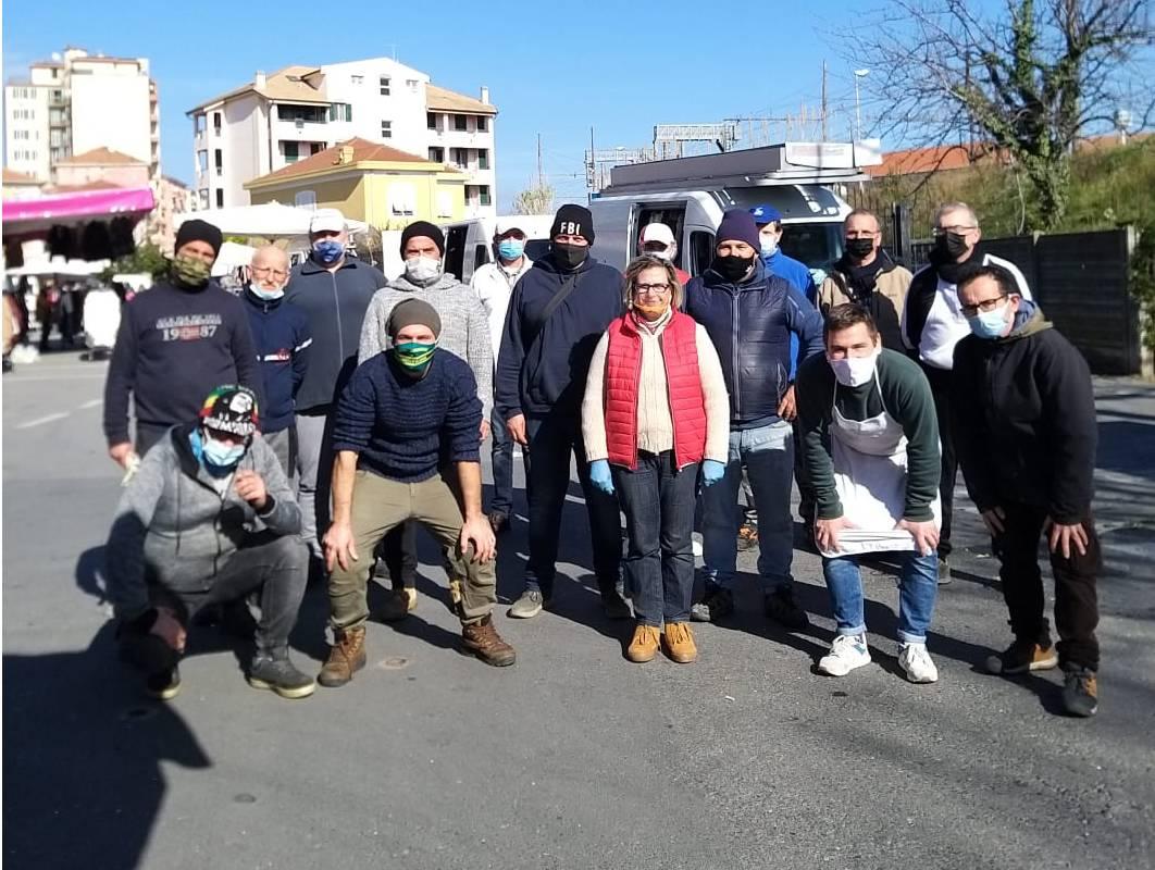 Alimentaristi Mercato Albenga Roberto Tomatis