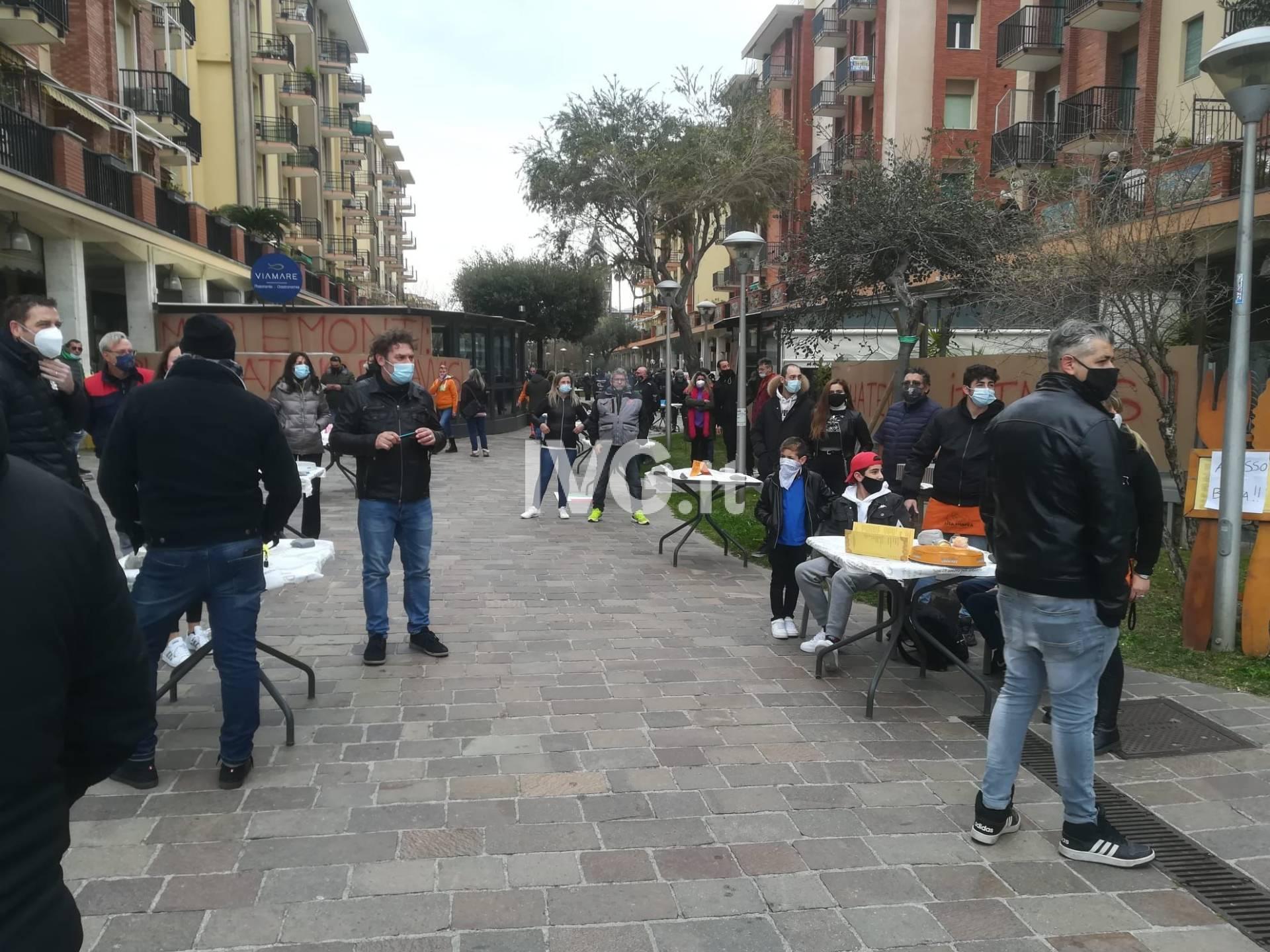 protesta ristoratori andora