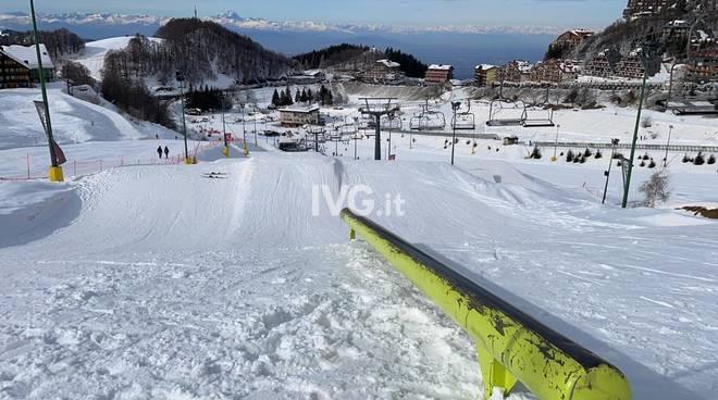 scii impianto neve montagna generica
