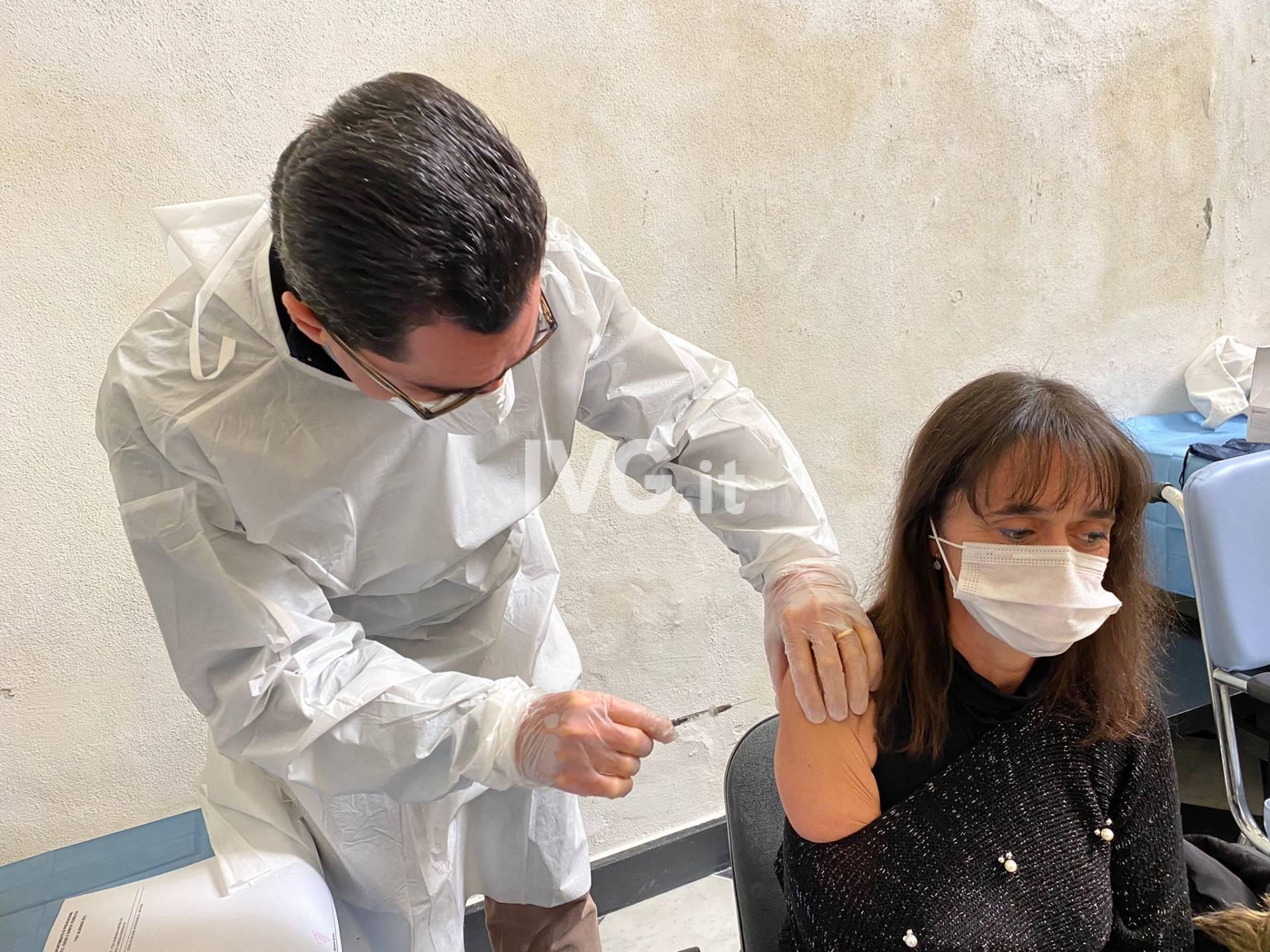 Covid, nel savonese al via le vaccinazioni con i medici di base