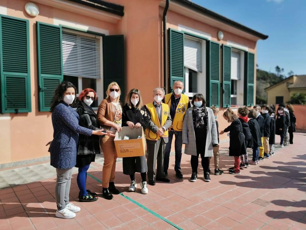 Donazione Lions Scuola Garlenda