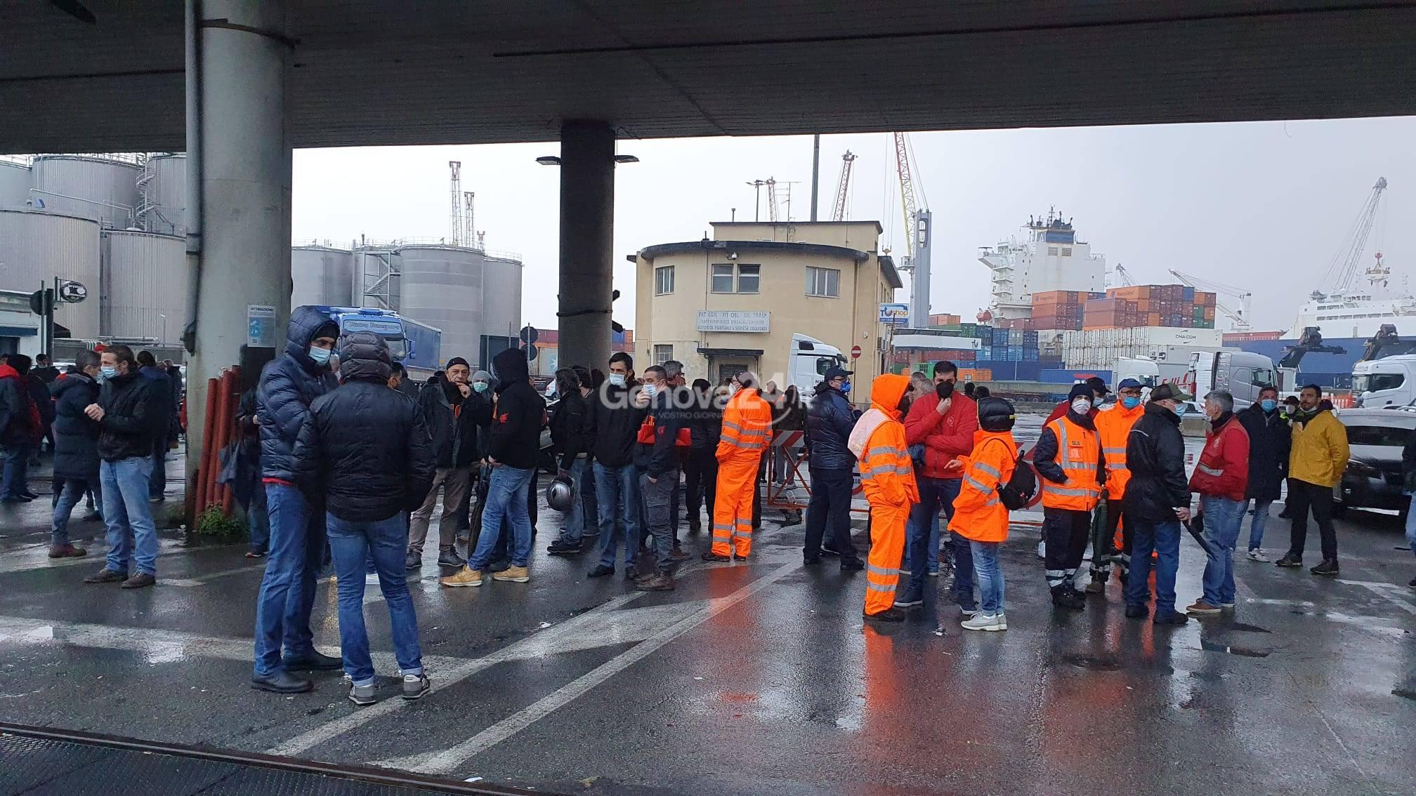 Sciopero porto di Genova