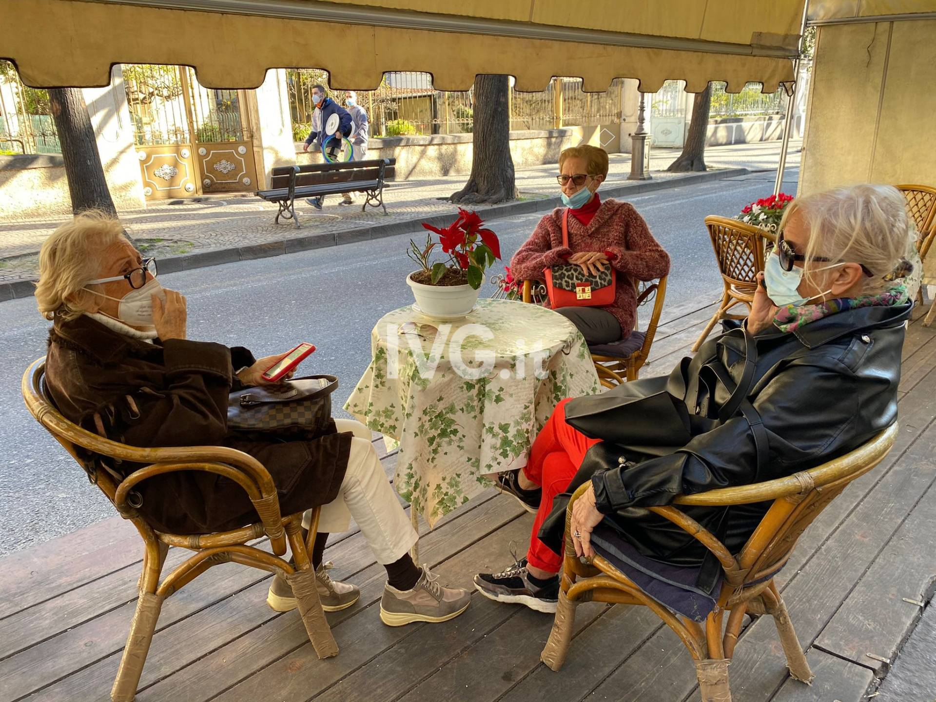Zona gialla, anche ad Albenga bar riaperti tra paure e speranze