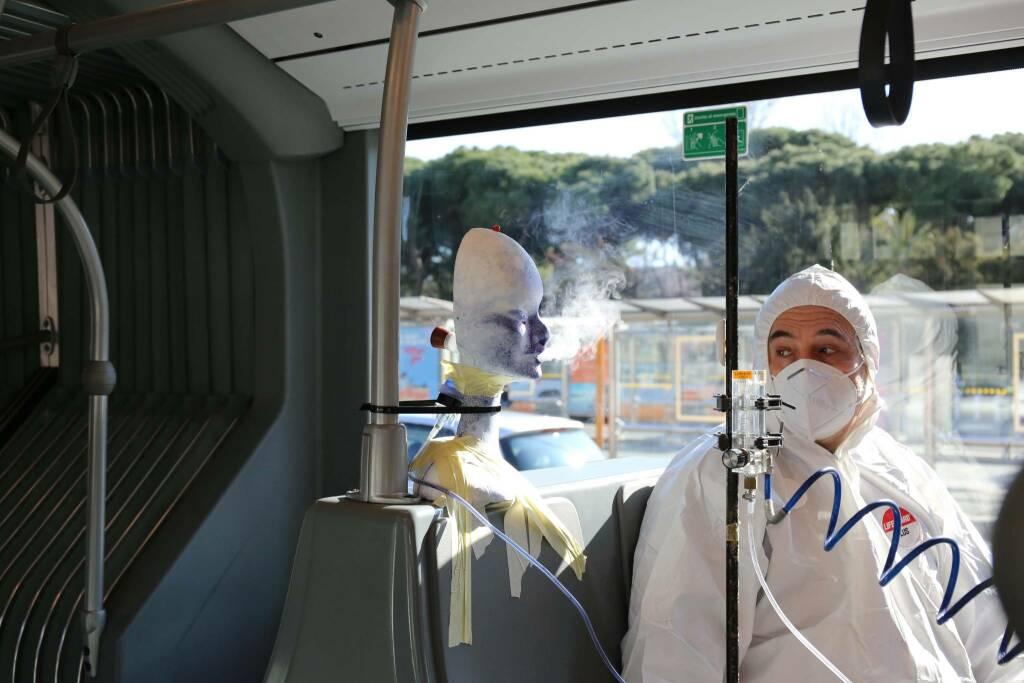Coronavirus, lo studio Amt-Università per testare le possibilità di contagio sui bus