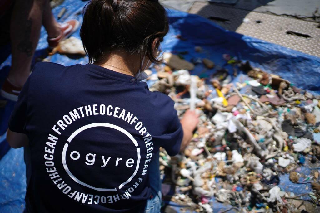Dalla plastica ai costumi da bagno, il progetto di Ogyre per ripulire i mari. Credits: Filippo Castagnola
