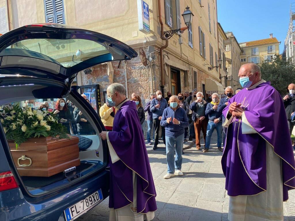 Funerale Albenga Guido Tomatis