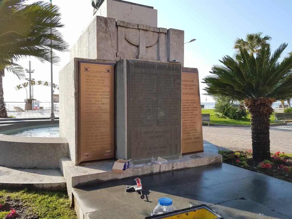 monumento caduti loano