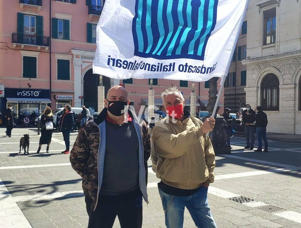La protesta dei ristoratori a Savona