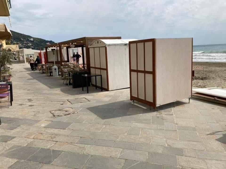 Muro cabine Alassio
