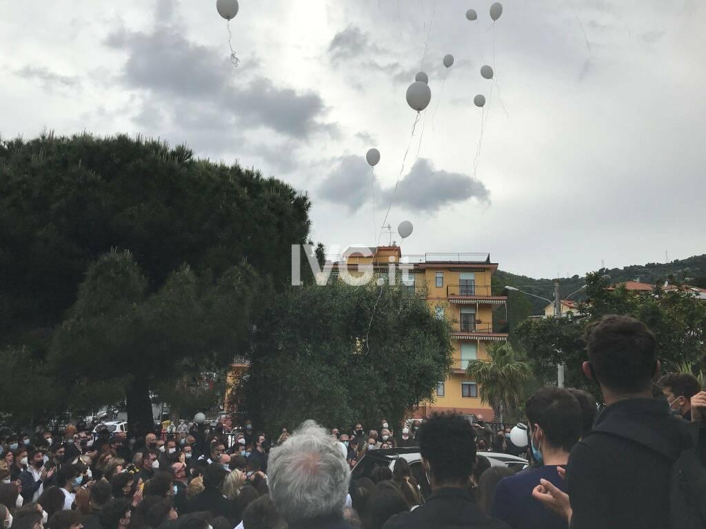 Alassio, i funerali di Marco Parascosso