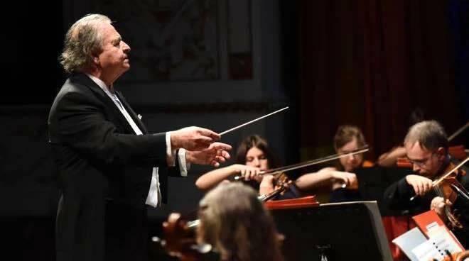 Donato Renzetti direttore orchestra
