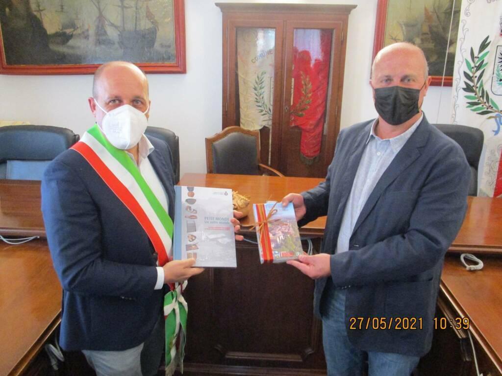 Firmato l'accordo tra Laigueglia e Torgnon